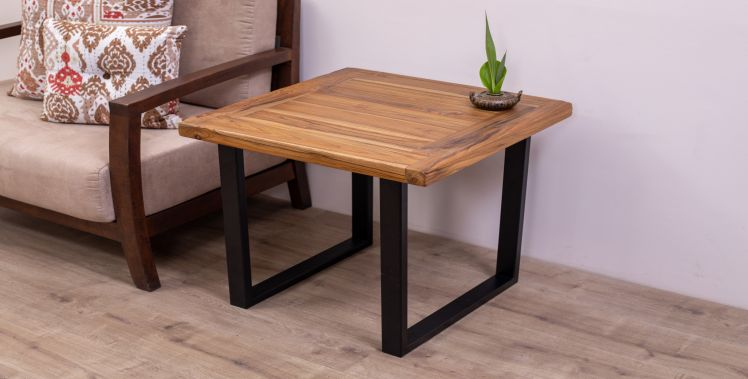 GingMai 24x24 Side Table